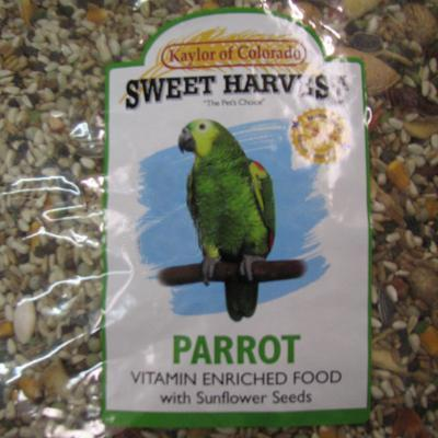 Sweet Harvest Parrot Vitamin Enriched Food w/Sunflower Seeds